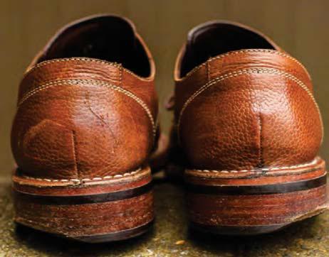 Deformarea tocurilor incaltamintii la persoanele cu picior plat